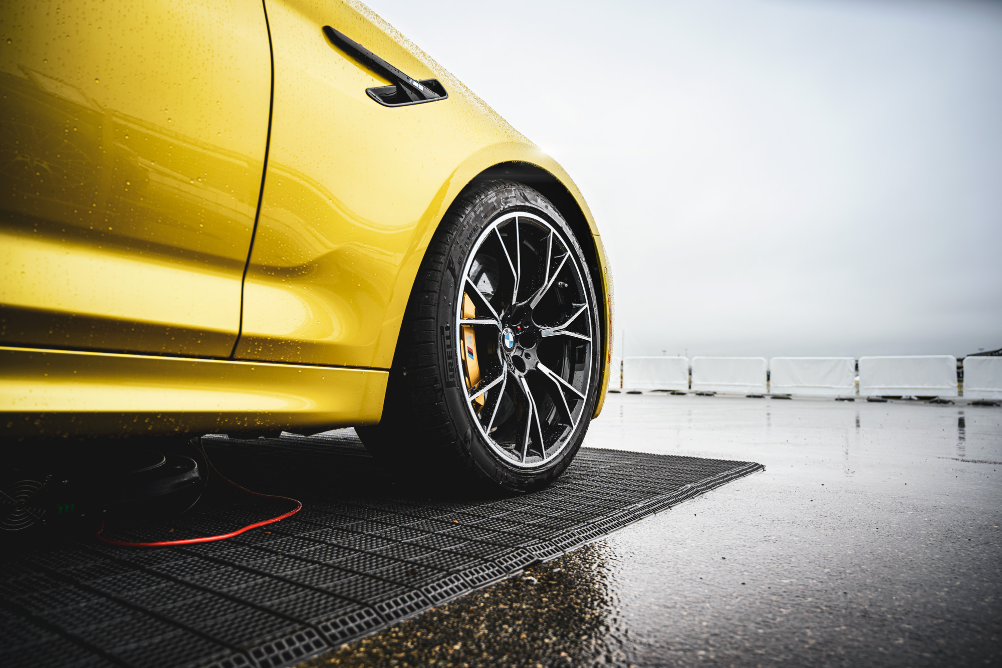 BMW F90 M5 wheel