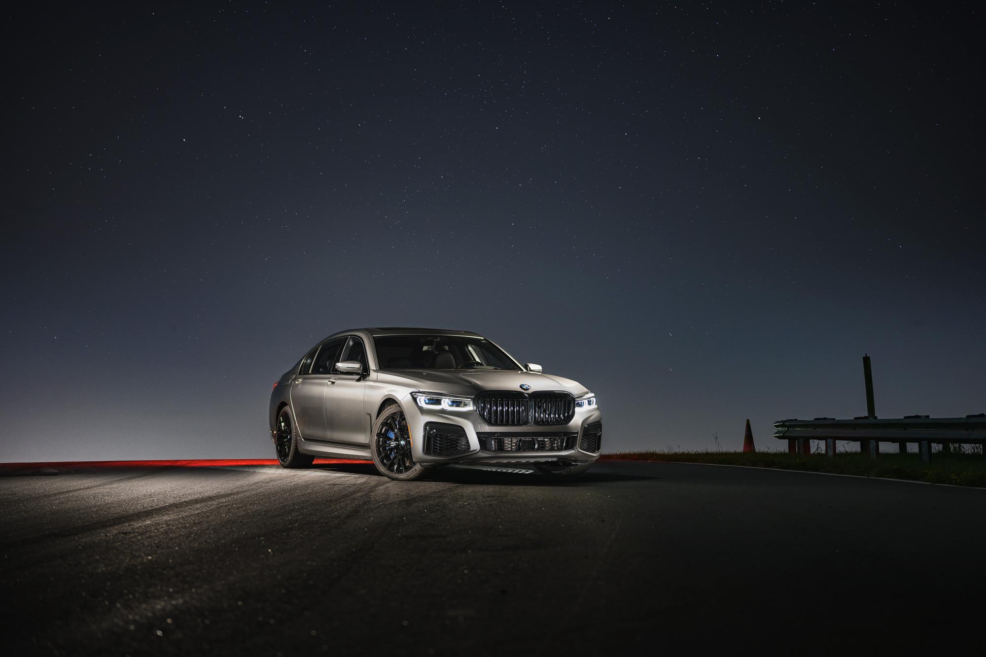 BMW M760i stars