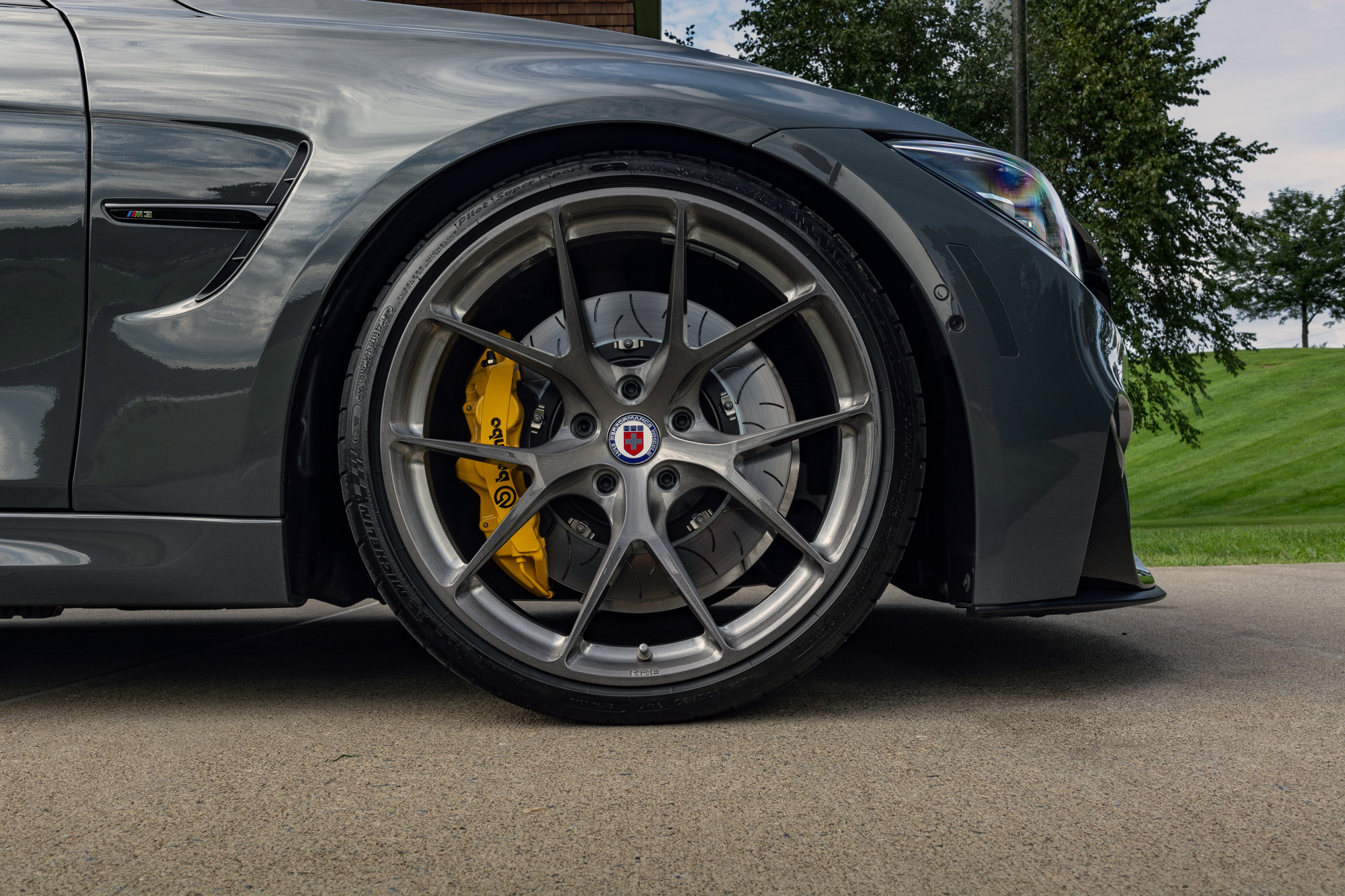 BMW F80 HRE wheel