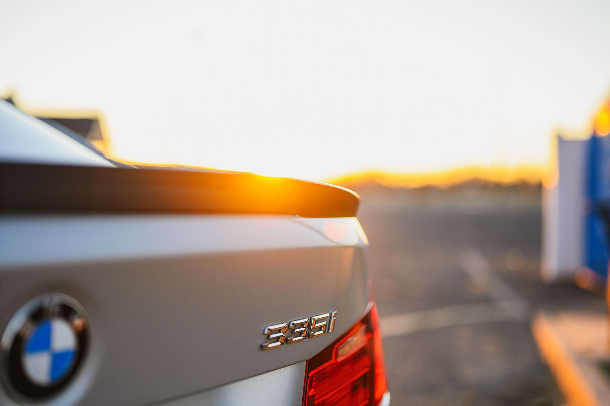 BMW 335i spoiler