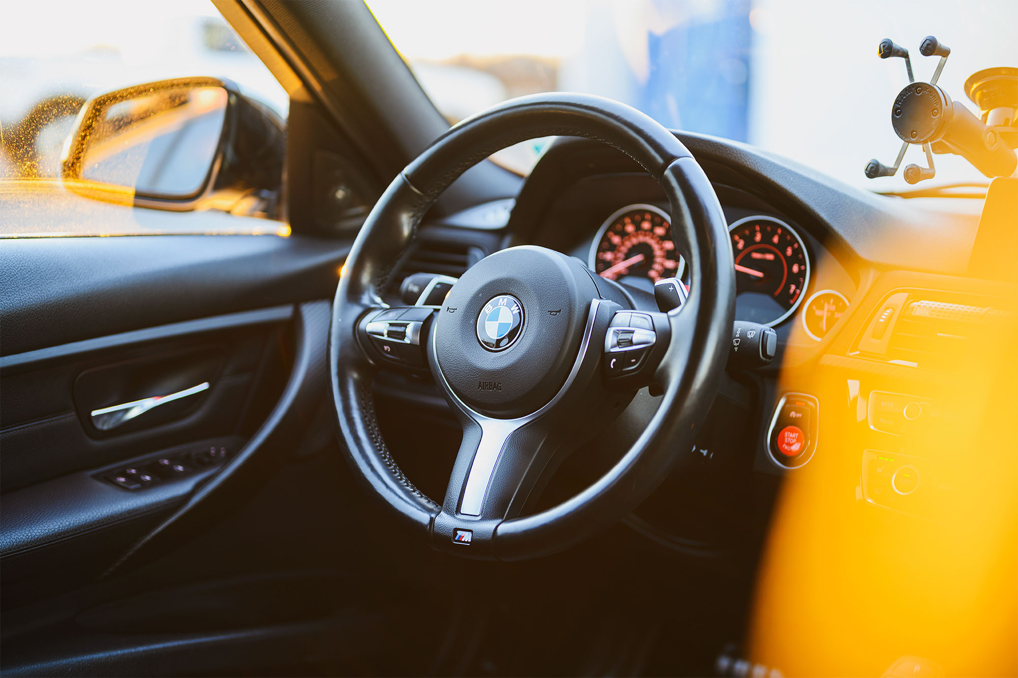 BMW F30 335i steering wheel