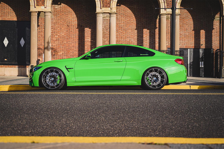 BMW M4 Verde Mantis