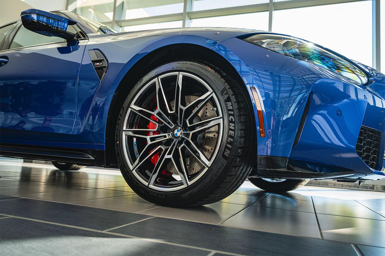 BMW 825M wheels